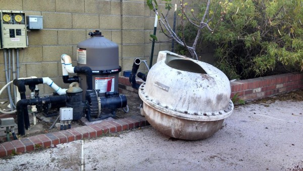 how to put new sand in pool filter